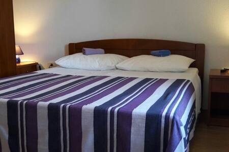 Room 2 - Apartament