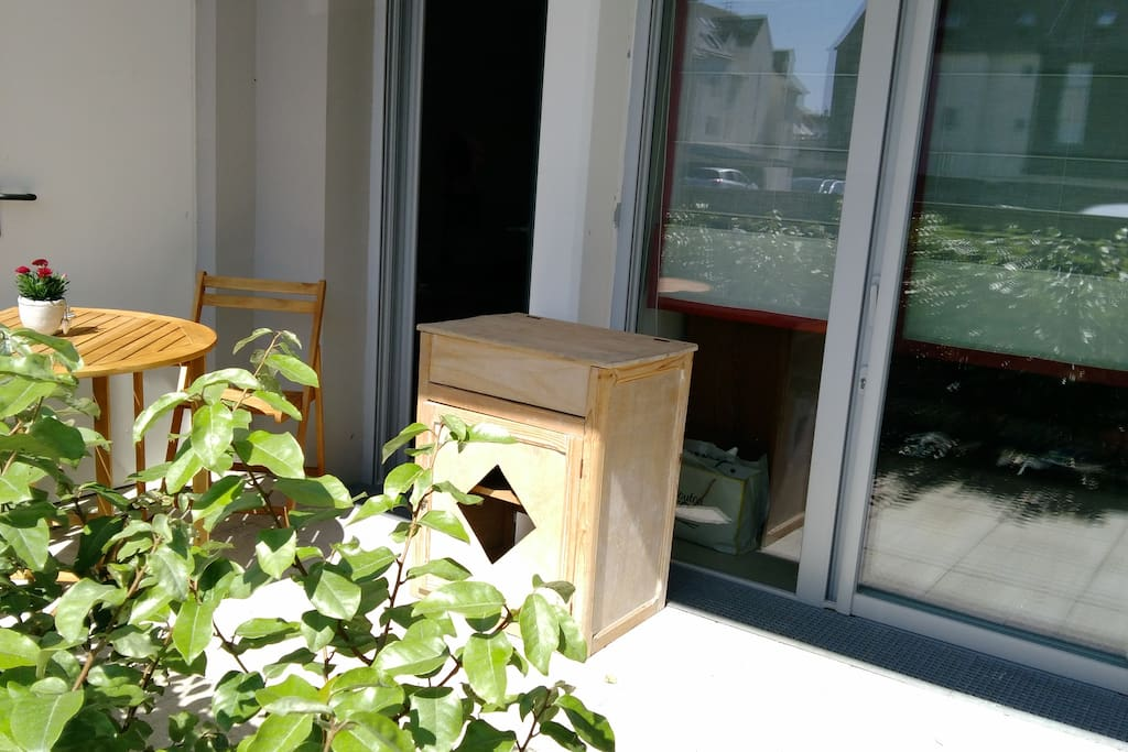 Terrasse privée accessible de la chambre, de la pièce commune et du parking