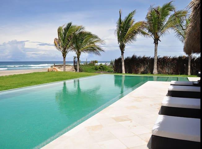 5 Star Oceanfront Luxury Beach Villa