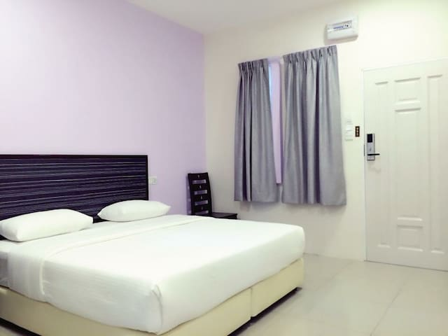 King / Twin bed w bathroom-StarMall - Mentakab - Casa