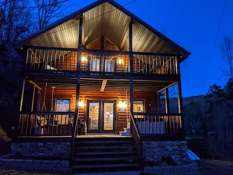 Heavens Porch - Eastern KY Luxury Cabin Rental