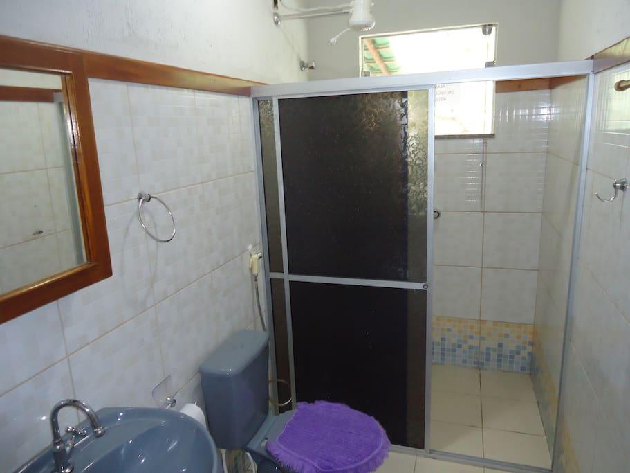 Banheiro 1 (compartilhado)