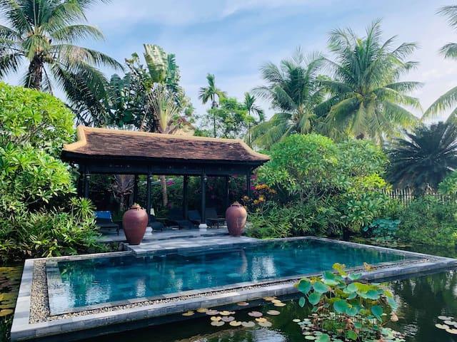 Exclusive Luxury Hideaway - Romantic Suite