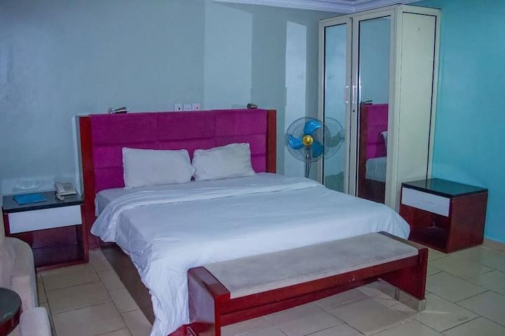 Folade Hotel  - 3 Bedroom Apartment
