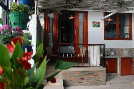 Habitación  tipo  aparta estudio en Pereira