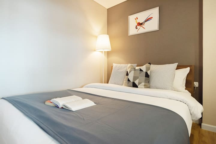 Natural Style with 1BR/WIFI/Pool/GYM close to BRT