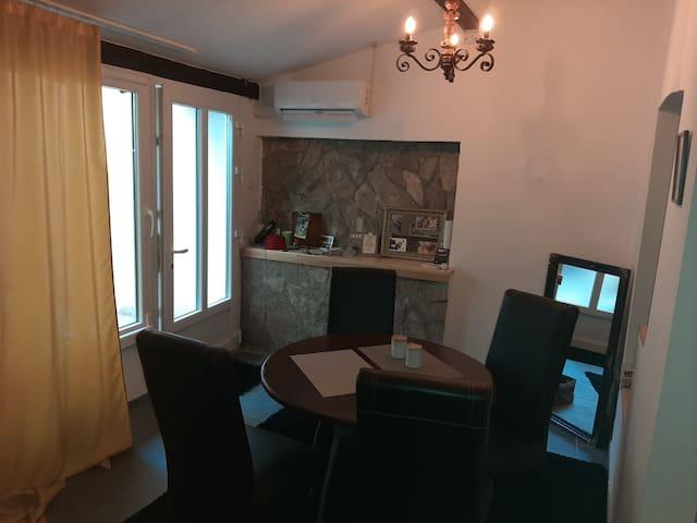 Studio apartment Citta Vechhia 2
