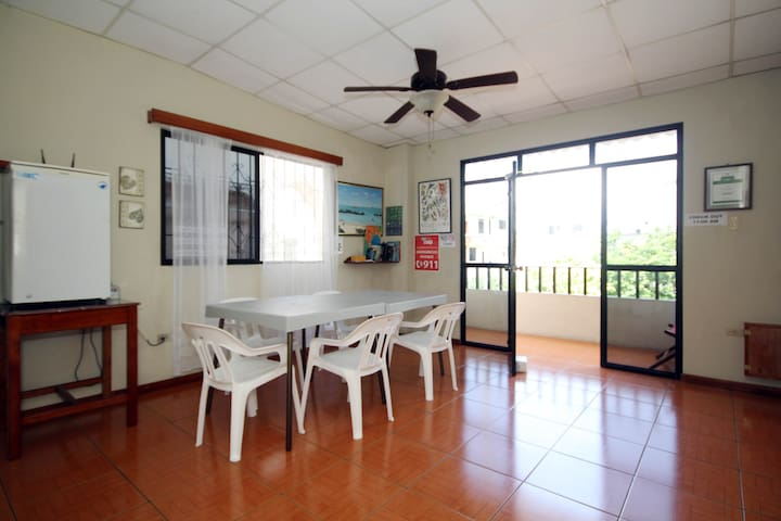 Casa Mabell-Three Bedroom Apartment - Puerto Baquerizo Moreno - 公寓