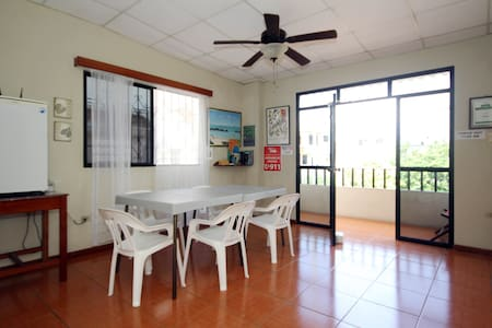 Casa Mabell-Three Bedroom Apartment