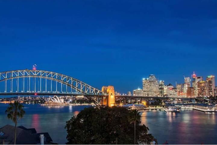 NEW❤️Romantic Getaway❤️Sydney Harbour Views🅿️ Wi-Fi 🥂