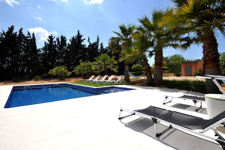 Private villa in Mallorca,  pool, A/C Wifi, bikes! - Biniali