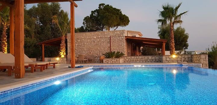 Blue Rock sea front luxury villa