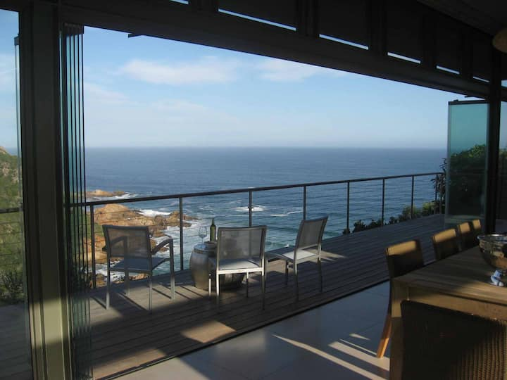 Blue Horizon, Knysna, Golf Estate Accommodation