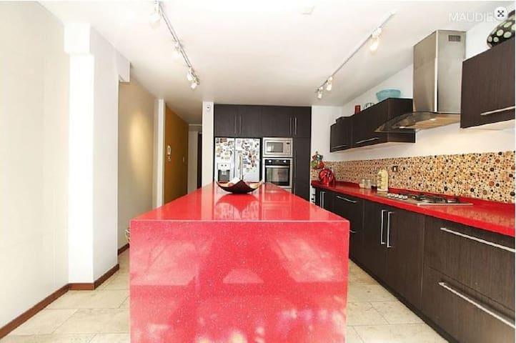 Vitacura - ground floor with garden - Vitacura - Apartemen
