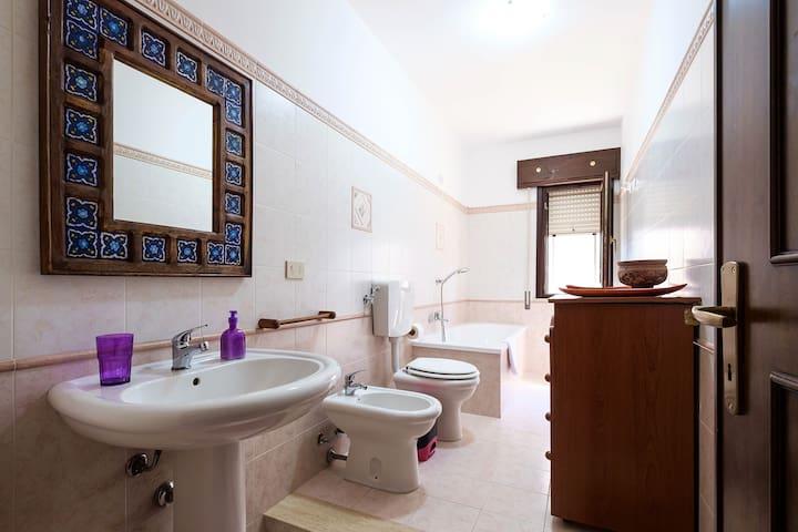 Casa Vacanza Calarossa - Terrasini - Apartment