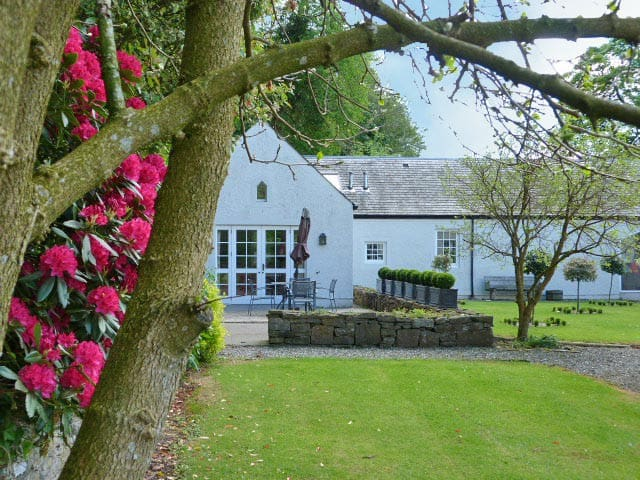 A very spacious cottage sleeps 4 - Crieff - Hus