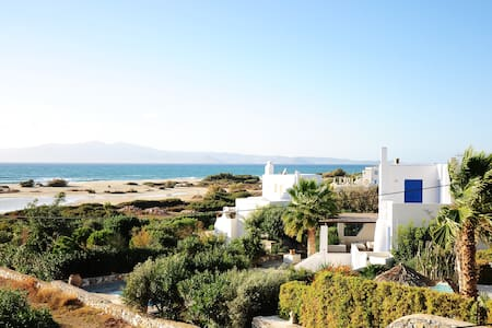 Glyfada Studio with sea view - Naxos