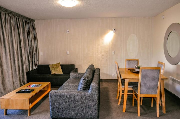 1 Bedroom Apt near Lake Wakatipu & Wharf Casino(L)