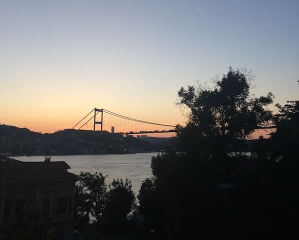 Cosy Flat, amazing Bosphorus view
