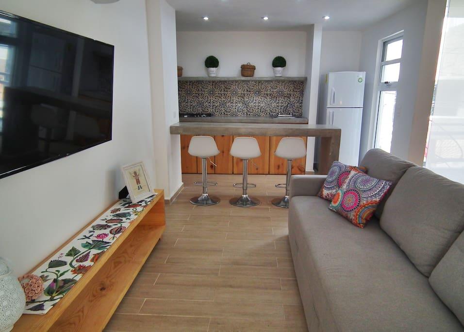 Agradable y cómoda sala de TV