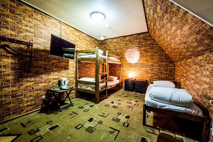 Уютная комната для 3 человек у м. Дубровка - Moskva - Rumah