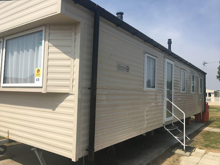 3 bedroom gold plus standard caravan