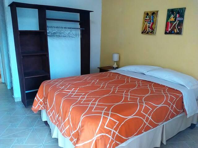 Budget/Mountain Rooms - Cap-Haitien - Bed & Breakfast