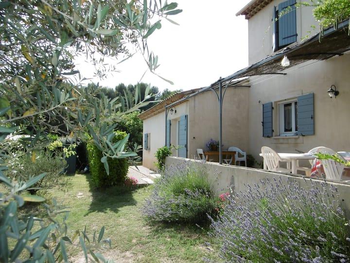 Dépendance dans villa Sud Luberon