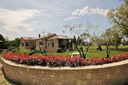 HOLIDAY HOUSE LICO - Juršići