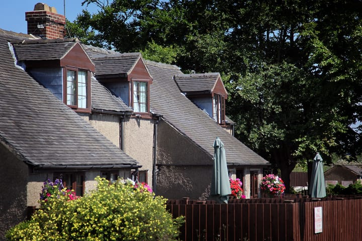 Dovedale Cottage Ashbourne near Alton Towers