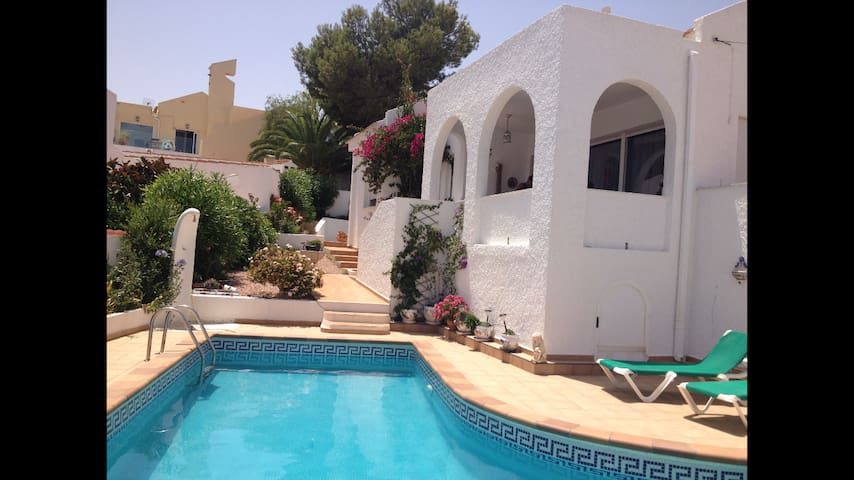 Beautiful villa outside San Miguel - Alicante - Huis