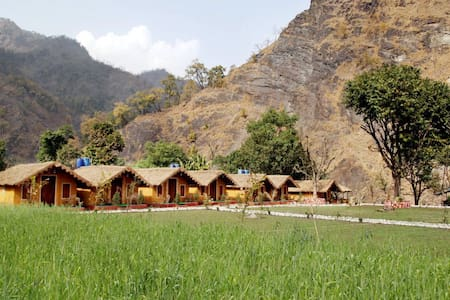 Him River Resort - Ultimate Freedom - Hut
