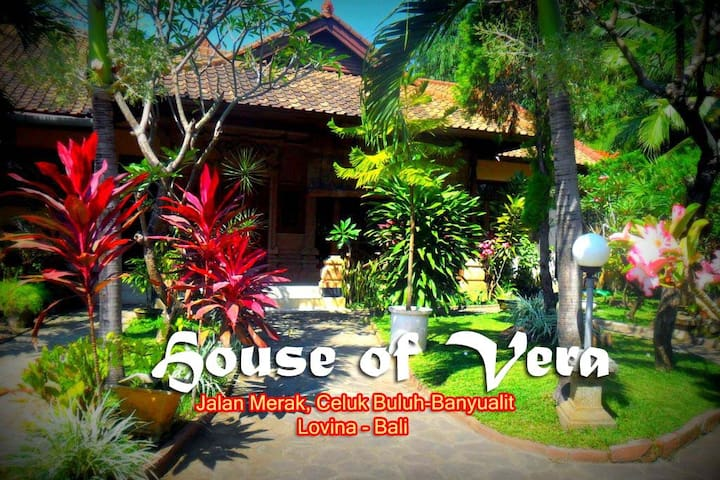 Beautiful Garden House Of Vera - Houses For Rent In Buleleng, Bali