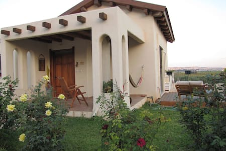 Peaceful country escape on kibbutz - Lehavot Haviva - Talo