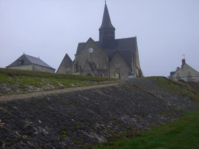 L'église de La Chapelle s/Loire