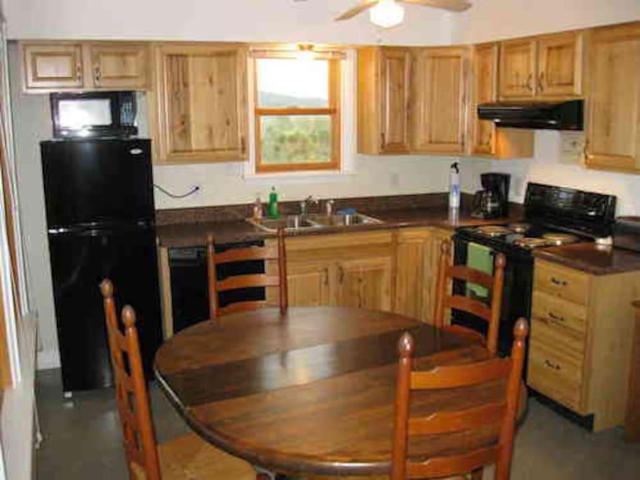 Windymile cabin for rent in lexington va cabins for for Cabin rentals near lexington va