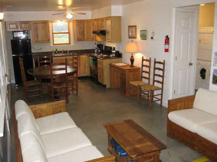 Windymile cabin for rent in lexington va blockh tten for Cabin rentals near lexington va