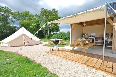 Glamping in exclusive Bell tents - West Lydford  - Tenda