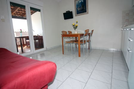 Apartment Dalmacija - Jezera