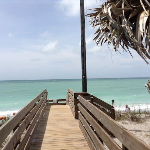 Paradise-Pristine Quiet Gulf of Mexico beach - Venice - Casa