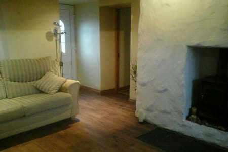 Cosy Large Room Belturbet