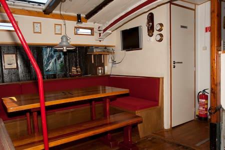 overnachten aan boord; Nieuwe Maen - Enkhuizen - Bateau