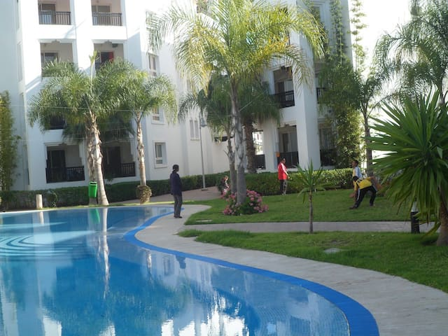 Amazing Apartment for Couple in Marina  Ref: T1273