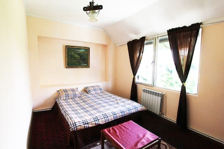 Double room near city center N2 :) - Jerewan