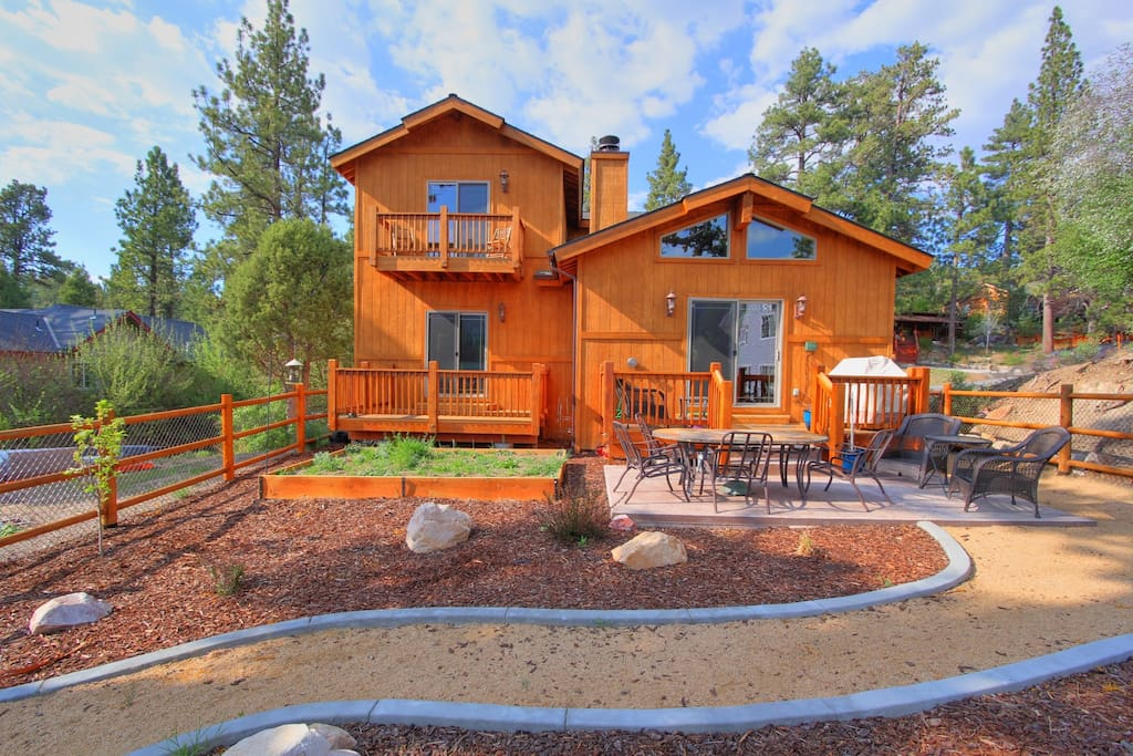 Blue Moon Luxury Spa Pool Table Cabins For Rent In Big Bear Lake California United States