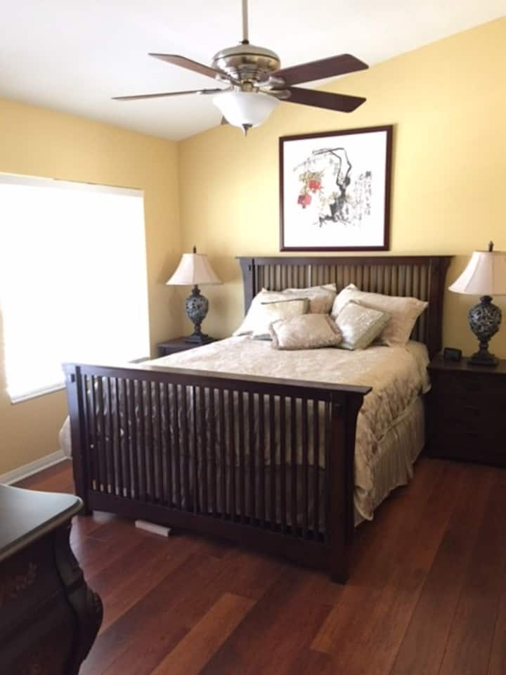 Close to Temecula Wine Country, Room with Balcony