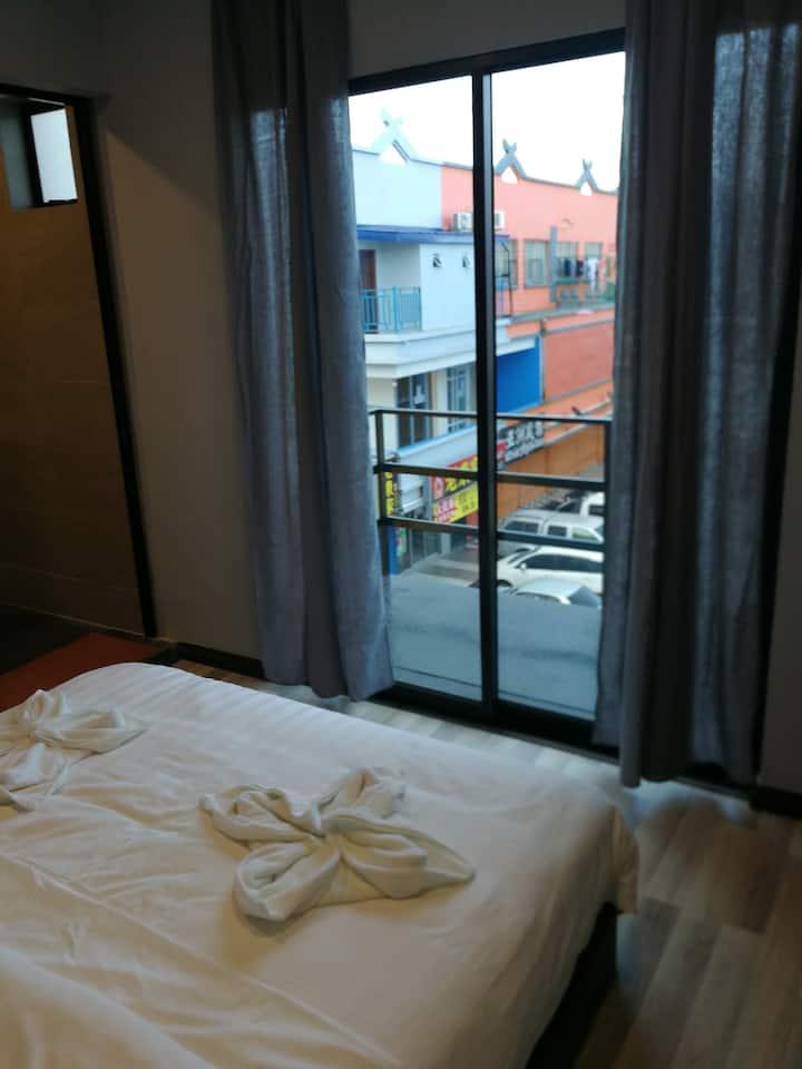 Sunbay Inn Double With Balcony 2 大床房带阳台2