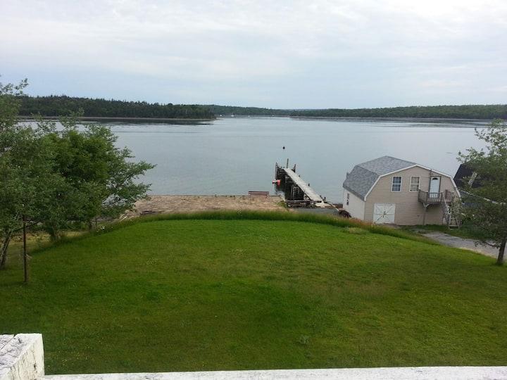 Ryan's Oceanfront Loft