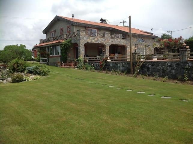 Çiftlik evinde ultralüks konaklama - İstanbul