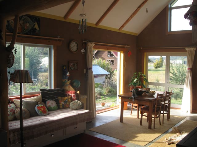 Cosy eco-house near native Forest - Owhango - Casa